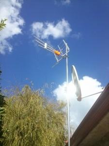 Antenas de televisión, antenas de datos, antenas de internet y satélite